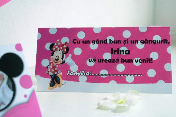 Plic de bani roz cu buline albe si Minnie Mouse