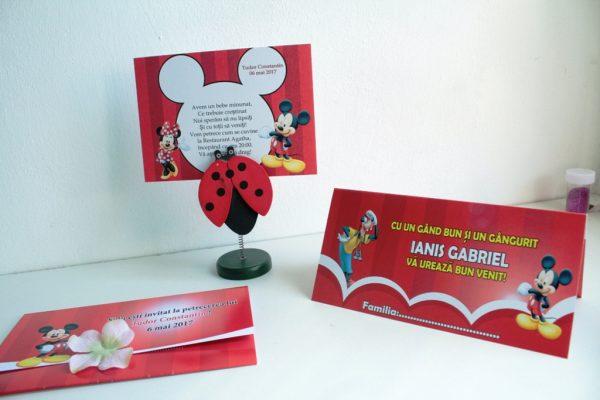 Model de invitatie pentru botez cu Minnie si Mickey Mouse
