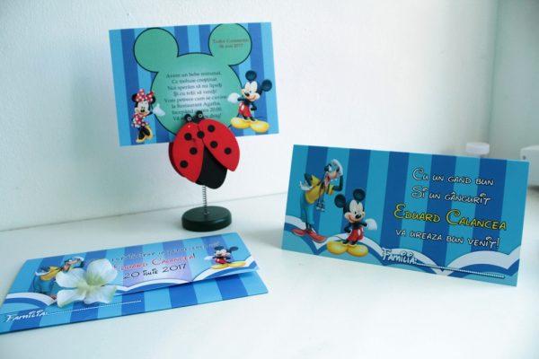Invitatie albastra pentru botez cu Mickey Mouse