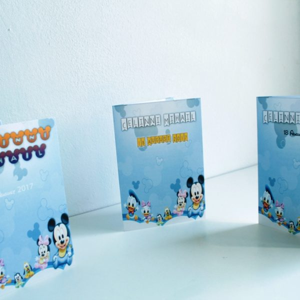 Invitatie stil carte cu Mickey Mouse model pentru baieti