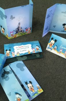Set invitatii botez cu Goofy, Pluto, Minnie si Mickey, Donald si Daisy