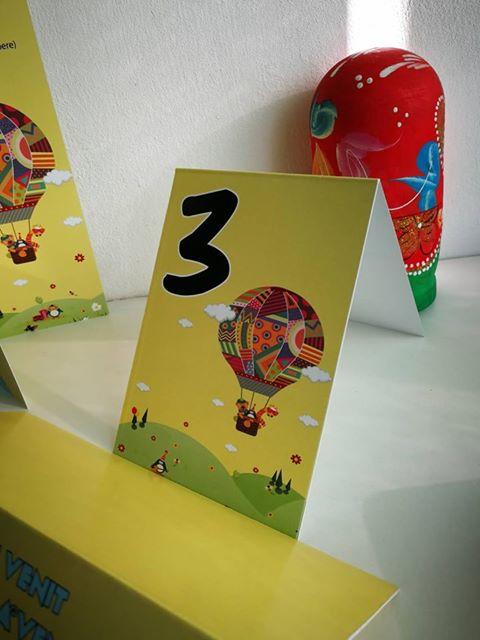 numere de masa cu tematica baloane aer cald