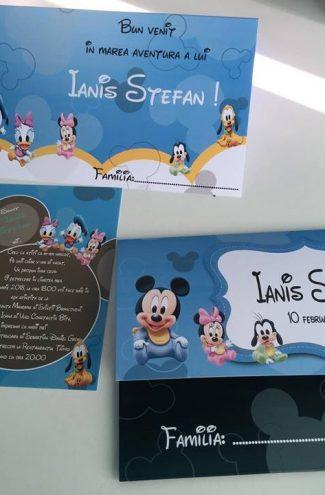 Set invitatii si plicuri pentru botez cu Baby Mickey Mouse